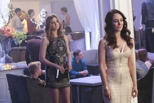 Revenge-Season-3-Episode-20-12