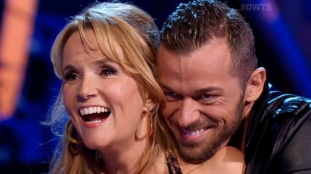 Lea-Thompson-and-Artem-Chigvintsev-dance-Jive-on-Dancing-with-the-Stars-19-VIDEO