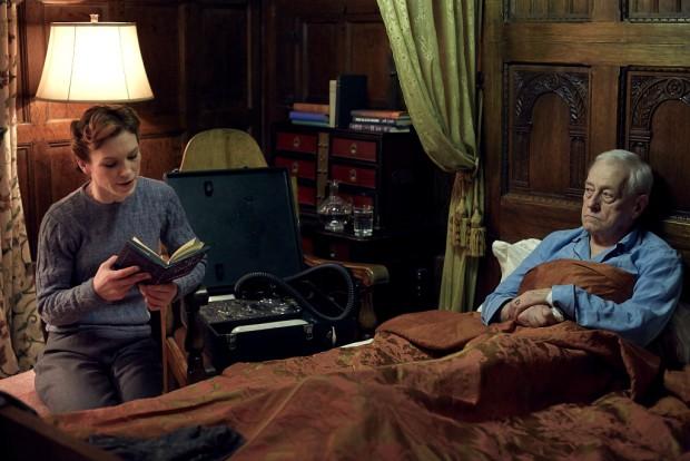 Michael Kitchen as Christopher Foyle, Honeysuckle Weeks as Samantha Wainwright in Foyle's War on Acorn TV   Credit: Acorn TV/ITV