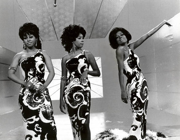The Supremes in an example of their many fabulous gowns