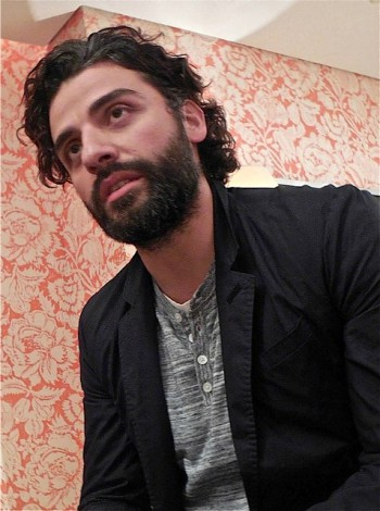 "Oscar Isaac at a roundtable press event for ""Ex Machina"" 