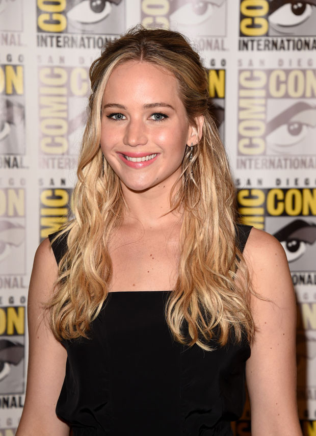 """SAN DIEGO, CA - JULY 09:  Actress Jennifer Lawrence of """"The Hunger Games: Mockingjay - Part 2"""" attends the Lionsgate press room during Comic-Con International 2015 at the Hilton Bayfront on July 9, 2015 in San Diego, California.  (Photo by Jason Merritt/Getty Images)"""
