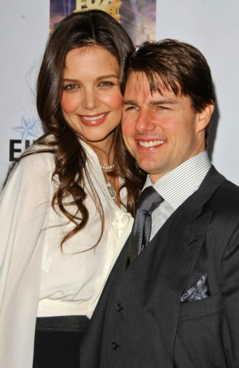 Tom Cruise and Katie Holmes in happier times | Deposit Photos