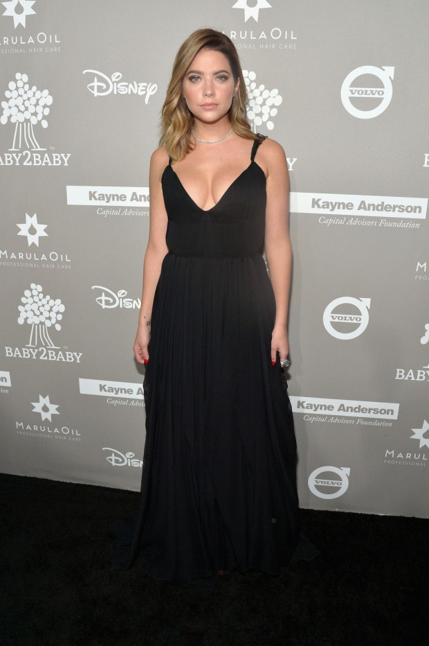 CULVER CITY, CA - NOVEMBER 14: Actress Ashley Benson attends the 2015 Baby2Baby Gala presented by MarulaOil & Kayne Capital Advisors Foundation honoring Kerry Washington at 3LABS on November 14, 2015 in Culver City, California. (Photo by Charley Gallay/Getty Images for Baby2Baby)
