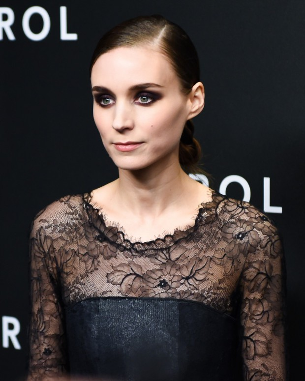 "Rooney Mara on the ""Carol"" red carpet 