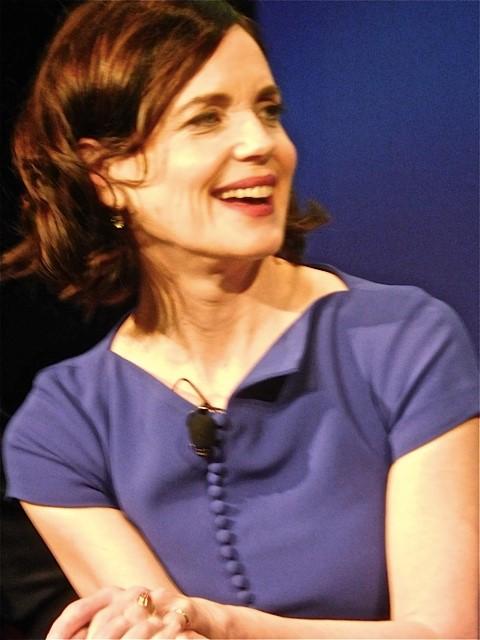 """Downton Abbey"" cast member Elizabeth McGovern answers questions at a Q&A Dec. 22, 2015 | Paula Schwartz Photo"