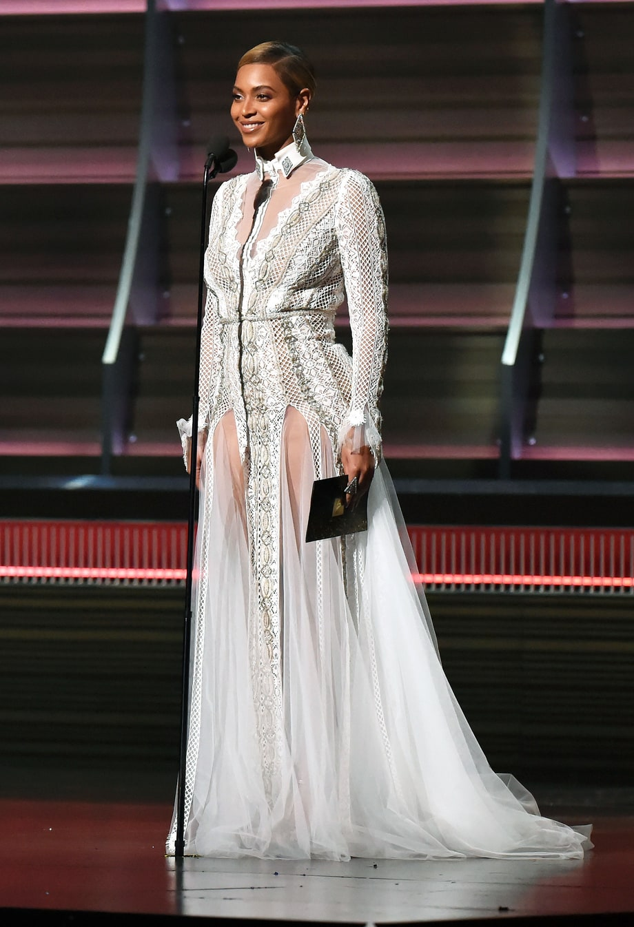 Beyonce Wears Wedding Gown to 2016 Grammy Awards - Photos